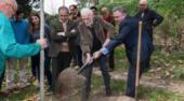 Plantar un árbol: homenaje a Eduardo Martínez de Pisón